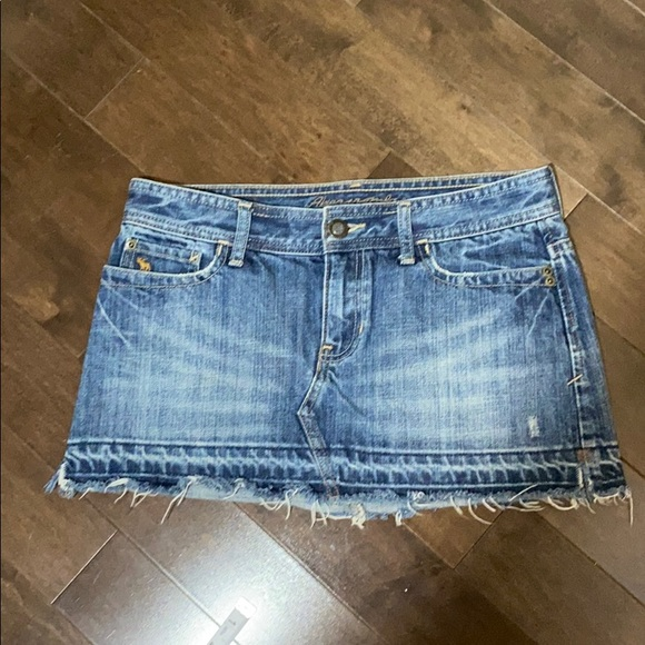 Abercrombie and Fitch size 2 denim mini skirt